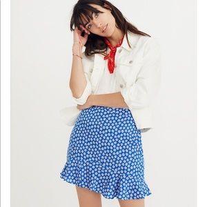 Madewell ruffle edge skirt in mini daisy